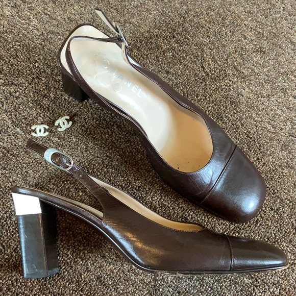 CHANEL Shoes - CHANEL Vintage Heels